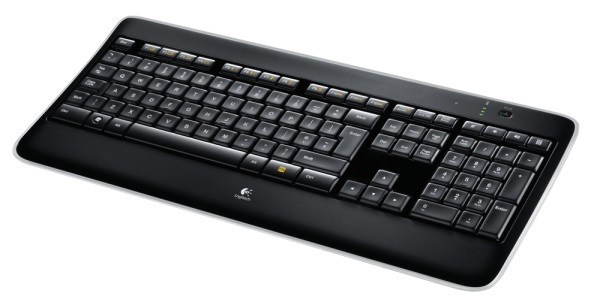 Logitech_Wireless_Illuminated_Keyboard_K800_08