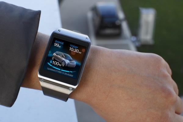 Galaxy Gear and BMW i3 (1)