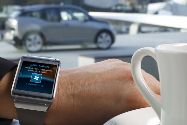Galaxy Gear and BMW i3 (3)