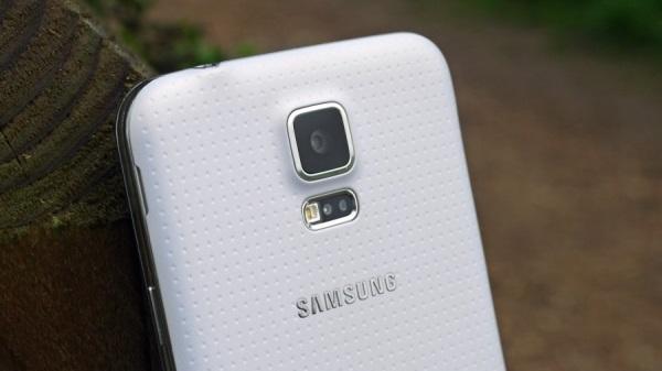 Samsung_Galaxy_S5_10