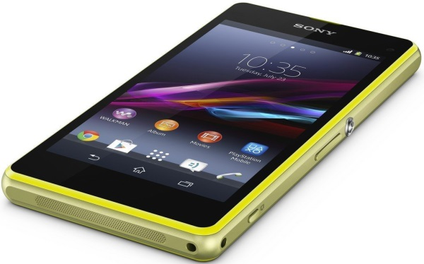 Sony_Xperia_Z1_Compact_06