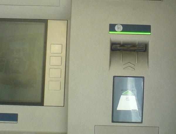 Bankomat 02