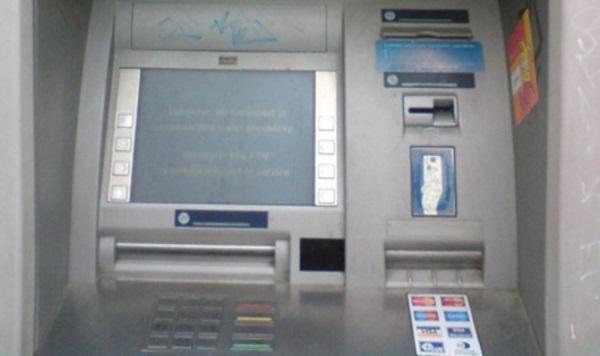 Bankomat 03