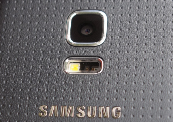 Samsung Galaxy S5 mini 22