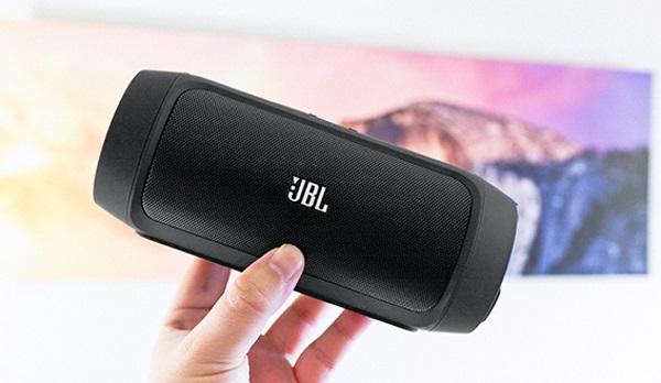 JBL-Charge-II-07