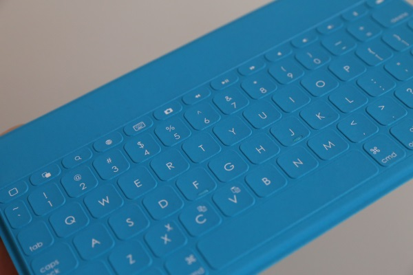 Logitech Keys-To-Go 06