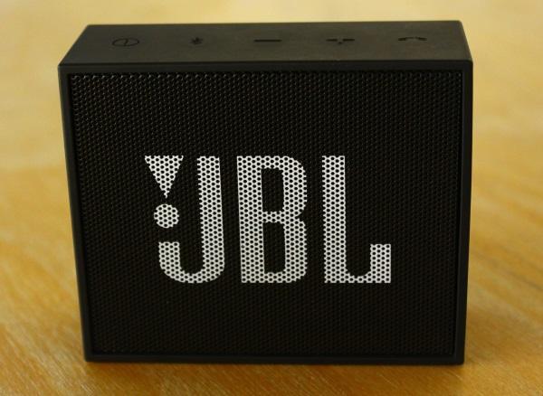 JBL Go 01