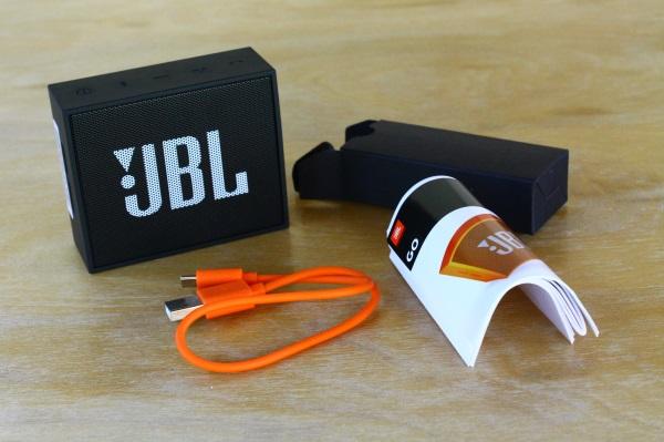 JBL Go 02