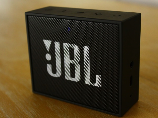 JBL Go 04