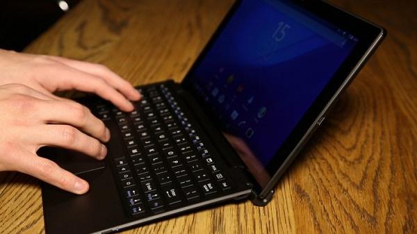 sony-xperia-z4-tablet-keyboard