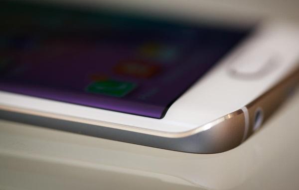 Samsung Galaxy S6 Edge 07