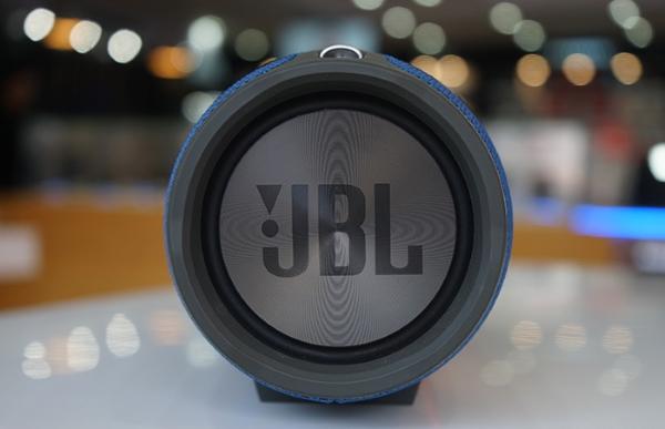 JBL Xtreme 03