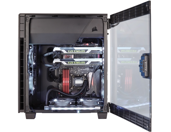 Corsair Carbide ​​600C 01