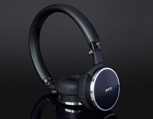 AKG N60NC 01