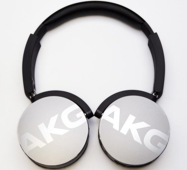 AKG Y50BT 01