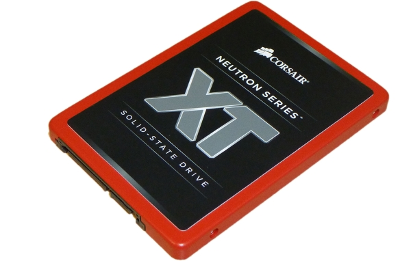 Corsair Neutron XT 240GB 02
