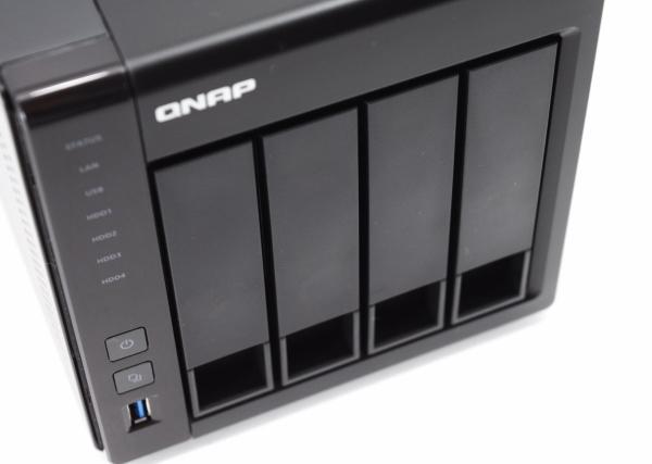 QNAP TS-451+ 07