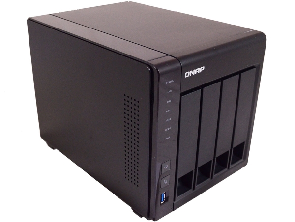 QNAP TS-451+ 18