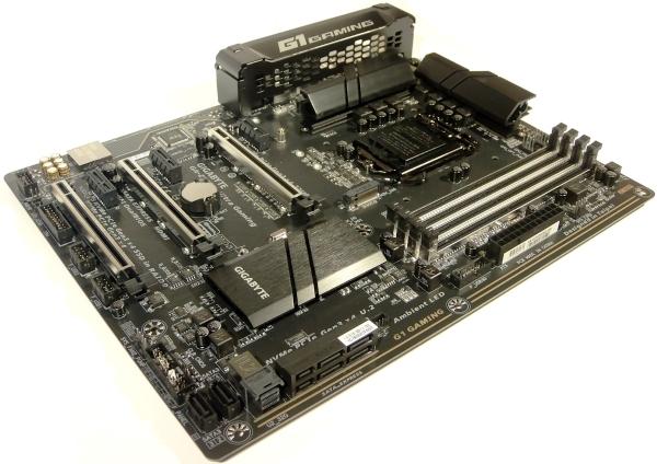 gigabyte-ga-z170x-ultra-gaming-04