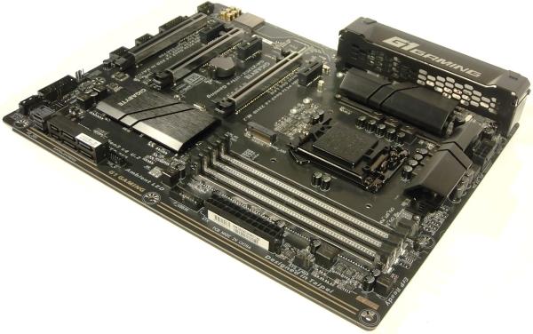 gigabyte-ga-z170x-ultra-gaming-05