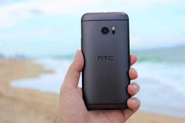 HTC 10 09