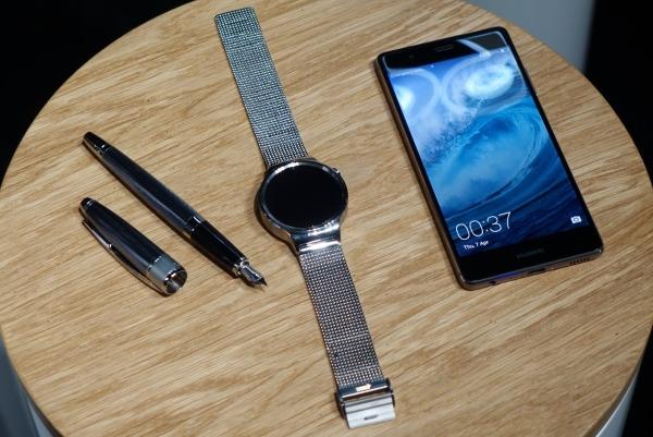 Huawei P9 a Watch 01