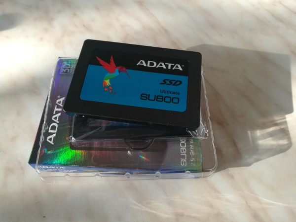 adata-ultimate-su800-256gb-03