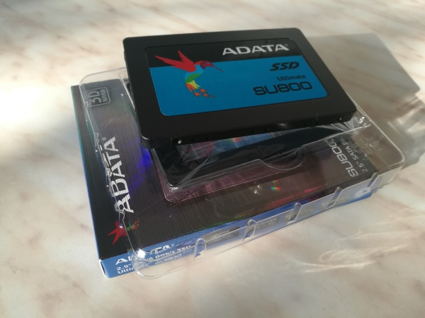 adata-ultimate-su800-256gb-08