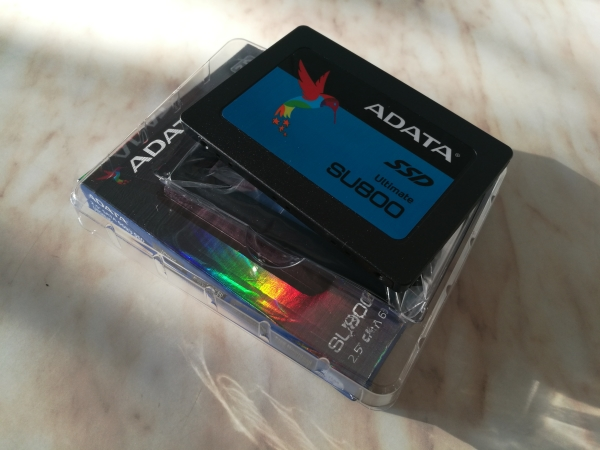 adata-ultimate-su800-256gb-10