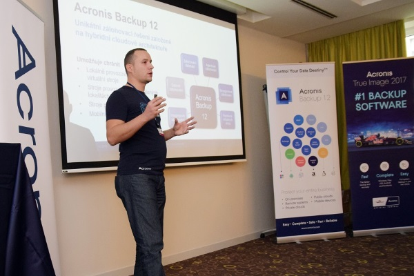 acronis-roadshow-2016-02