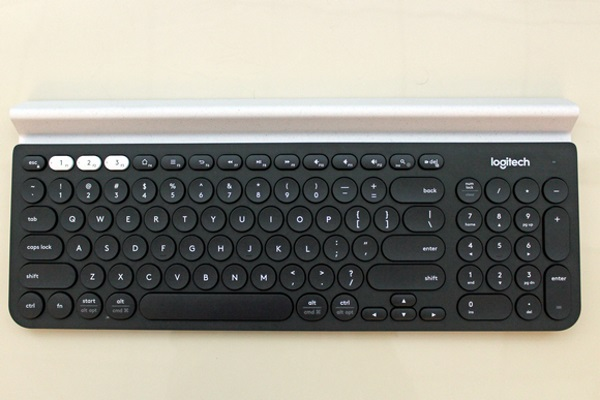 logitech-k780-wireless-multi-device-04
