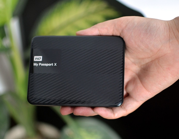 western-digital-my-passport-x-2tb-10