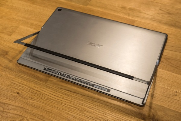 acer-switch-12-alpha-02