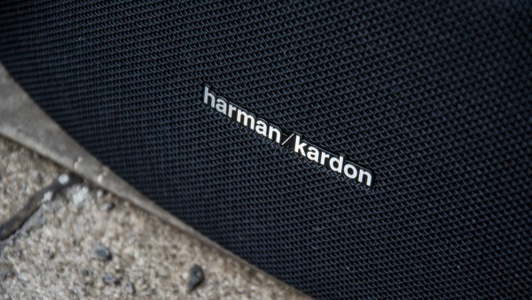 harman-kardon-goplay-06